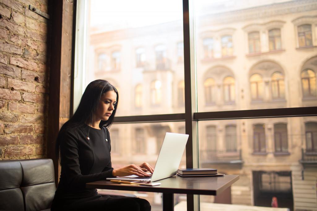 woman writing an article